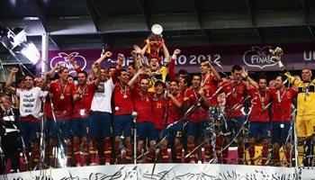 EM 2016: Die Prognosen der Ex-Stars von Bayern München, Liverpool und Manchester United exklusiv bei bwin