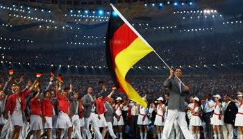Deutsche Fahnenträger: Das sind Timo Bolls Vorgänger bei Olympia