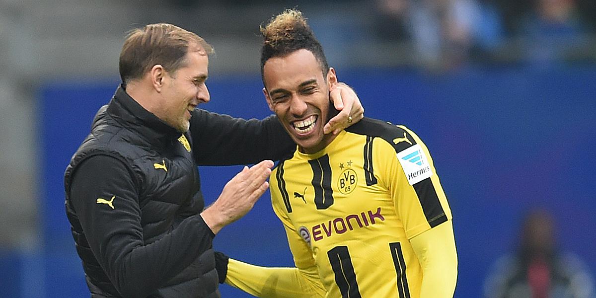 Spieler und Trainer konnten in Hamburg wieder gemeinsam lachen.