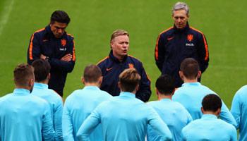 Niederlande – England: Koeman und der Debütantenball