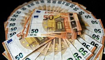 Ausgaben in diesem Jahrtausend: Knackt der FC Bayern im Sommer die Milliarden-Grenze?