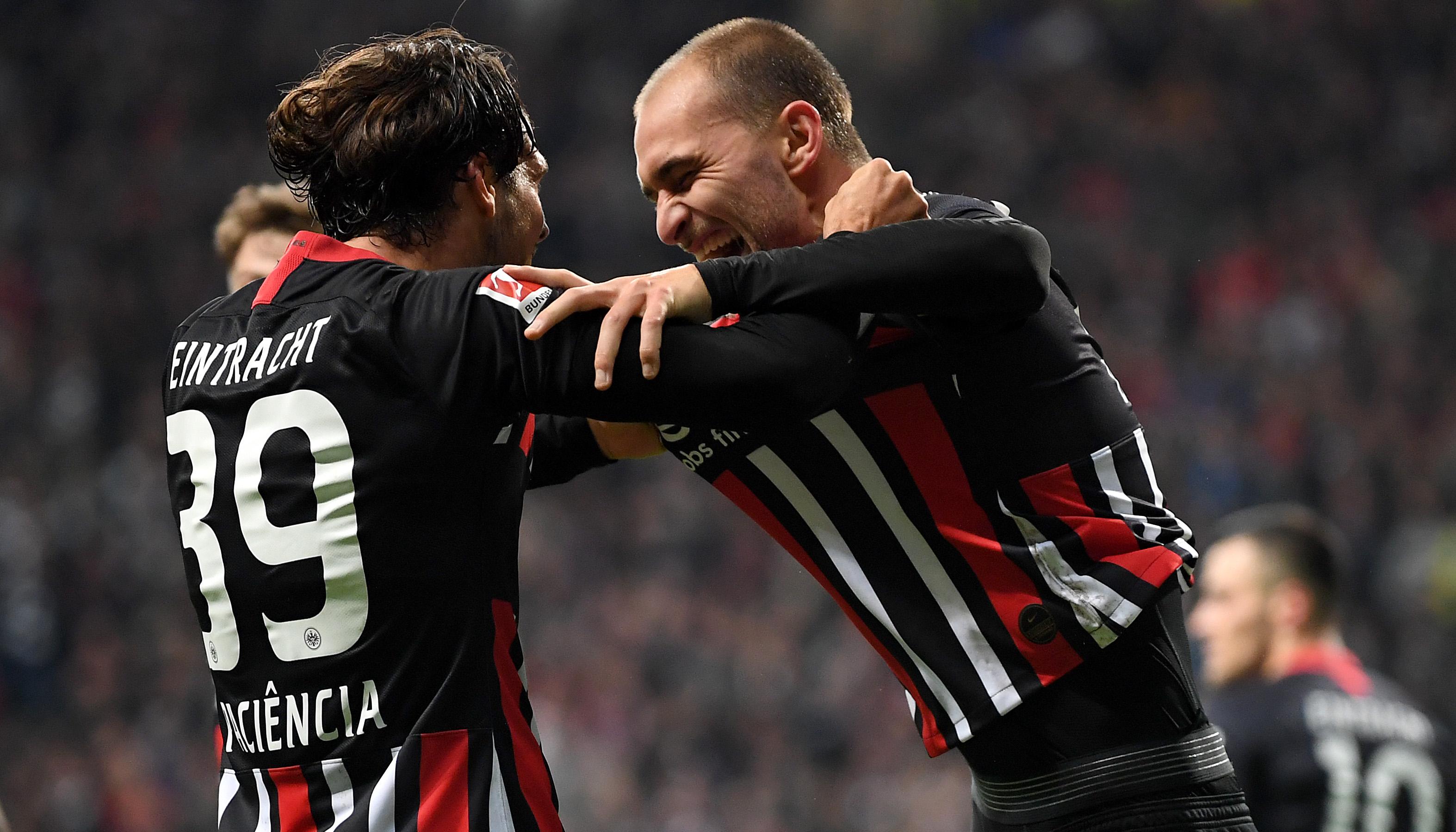 Eintracht Frankfurt – Standard Lüttich: Eine Negativserie endet