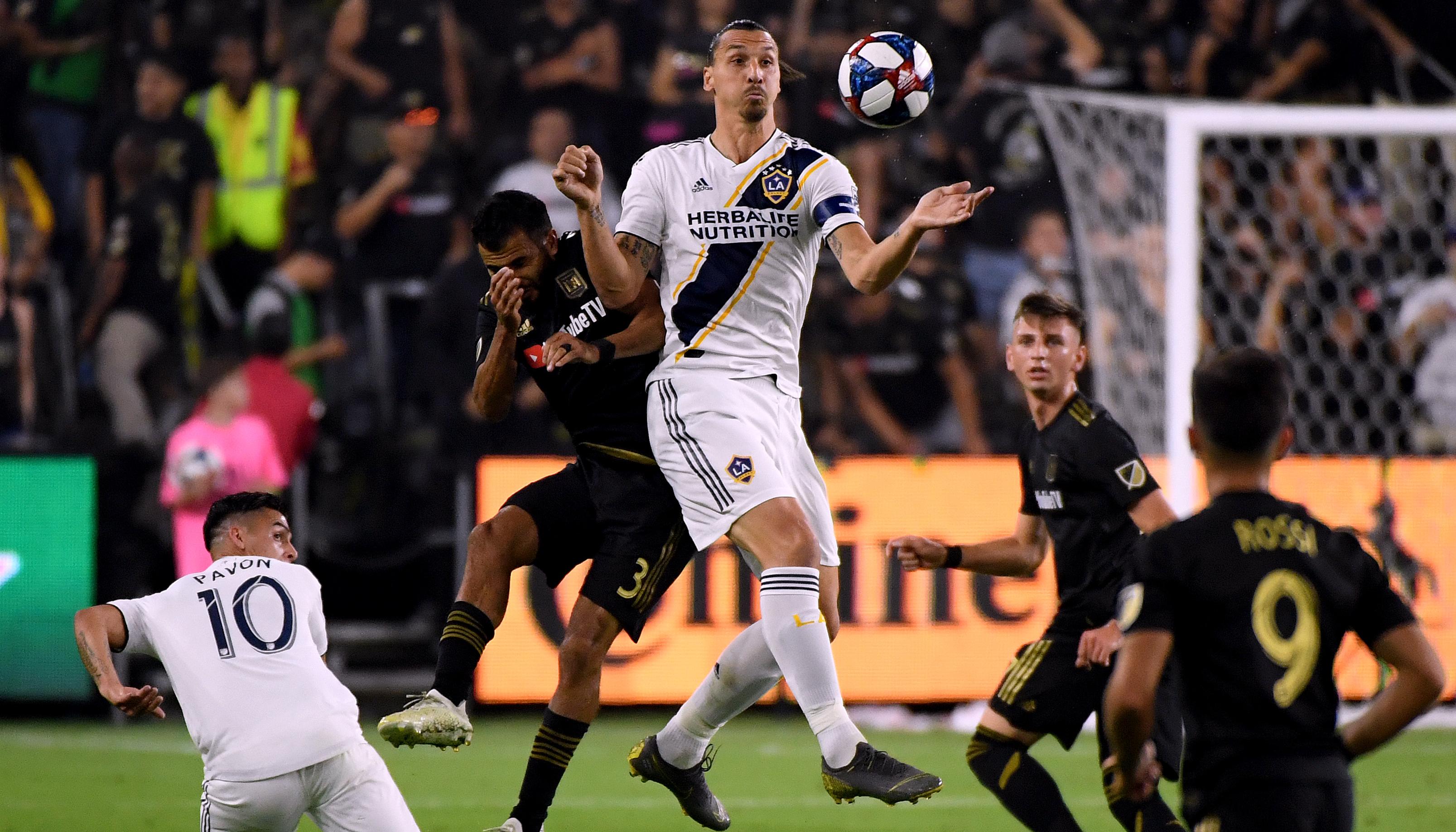 MLS: Ibrahimovic raus, Gressel mit Titel-Hoffnungen