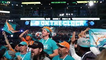 NFL Draft: Wie Miami ohne Nummer-1-Pick das Draft Board kontrolliert