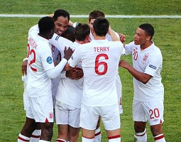 England cause pain to Ukraine and bring joy to Roy