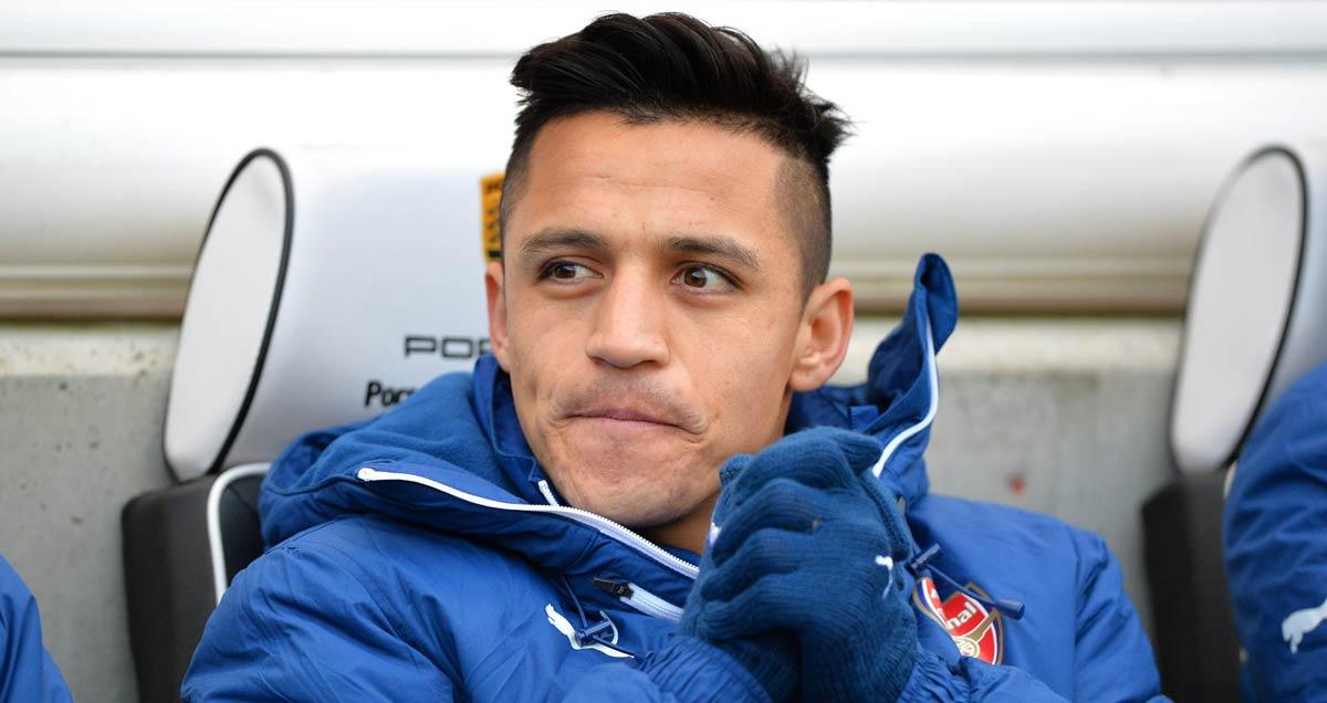 Alexis Sanchez on the Arsenal bench against Brighton