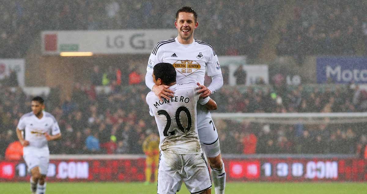 Gylfi-Sigurdsson-Swansea-celebrates