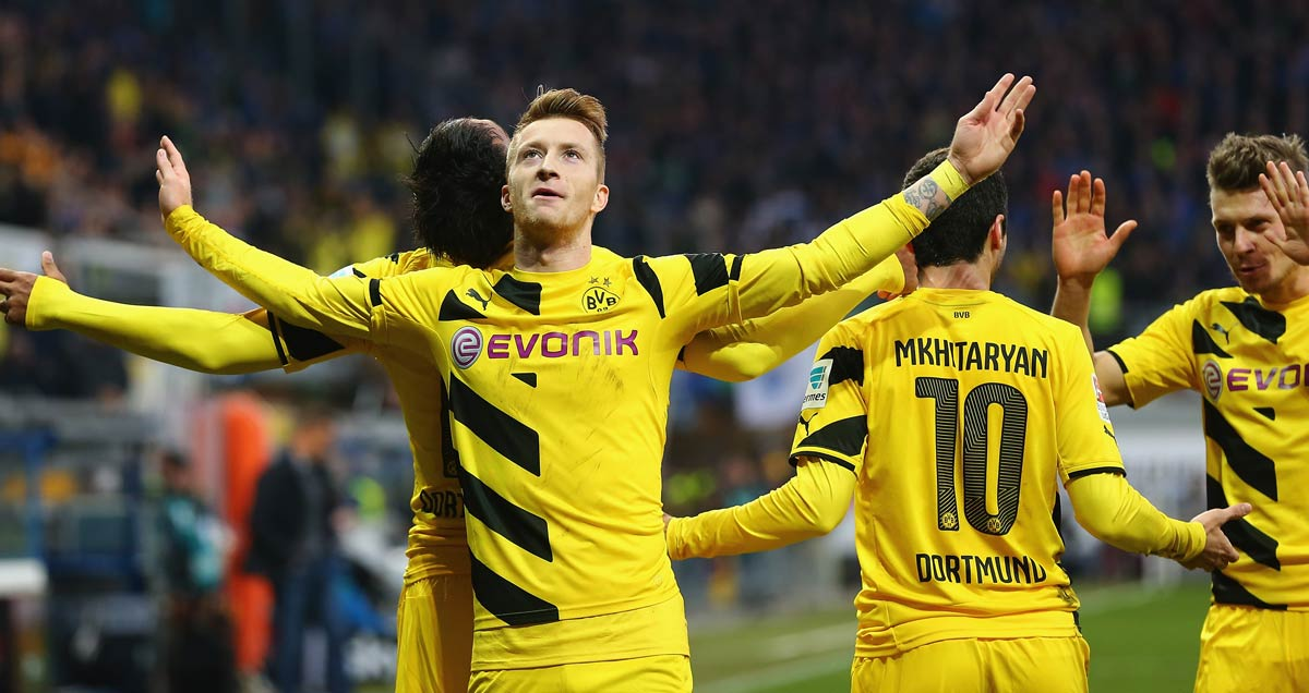 Marco-Reus-celebrates-for-Borussia-Dortmund