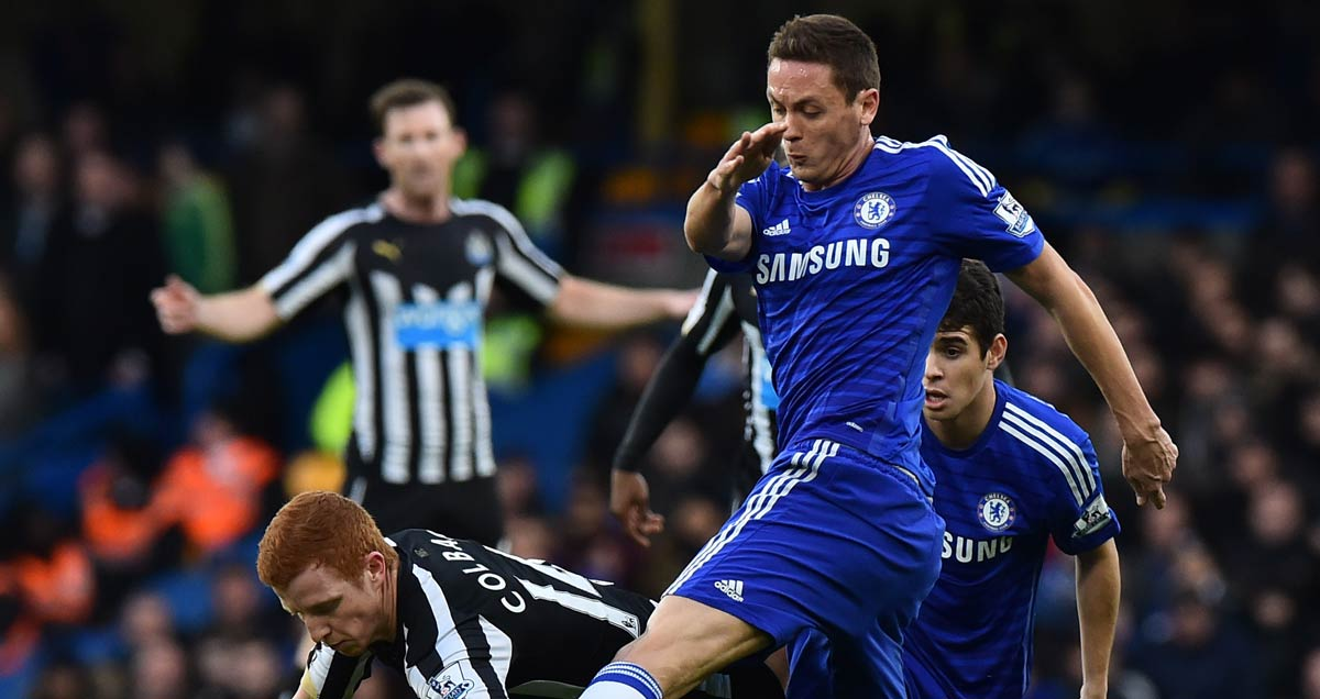 Nemanja Matic dominating the midfield against Newcastle
