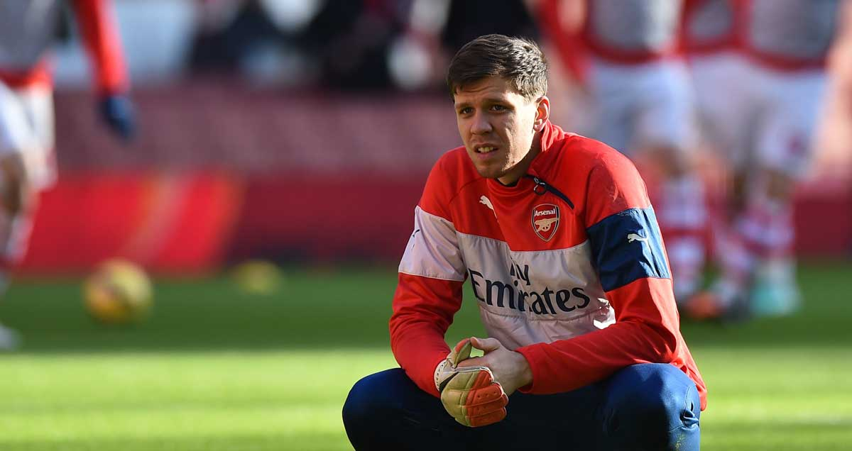 Wojciech-Szczesny-Arsenal-on-the-bench