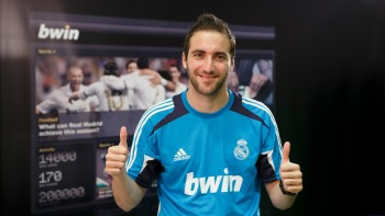 EXCLUSIVE: Higuain tips Real to inflict Copa capital punishment