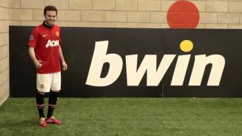 Nice Juan! Watch Mata beat Man Utd pals in Corner Kick Challenge