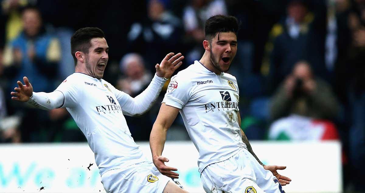 Alex-Mowatt-Leeds-celebrates