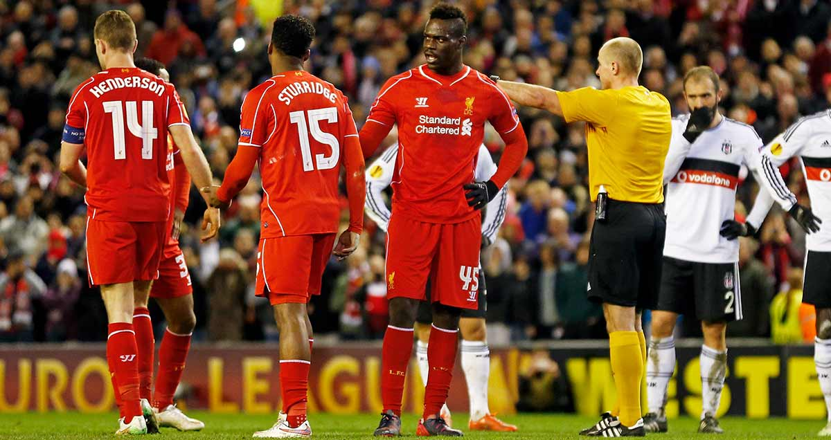 Mario Balotelli squabbles with his Liverpool colleagues