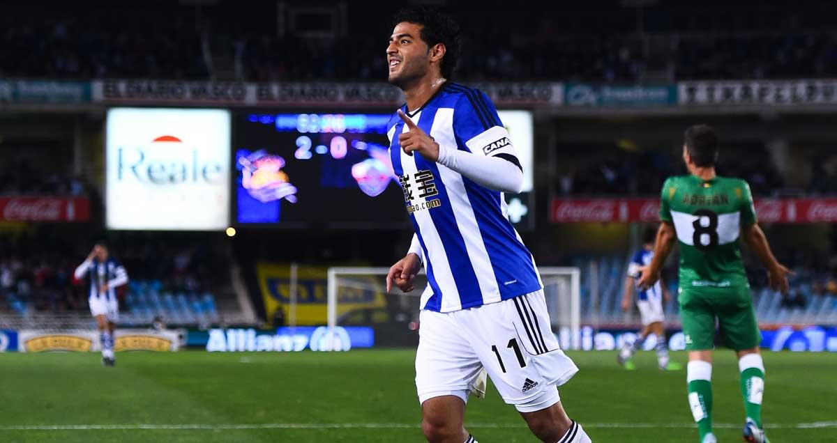 Carlos-Vela-celebrates-a-Real-Sociedad-goal