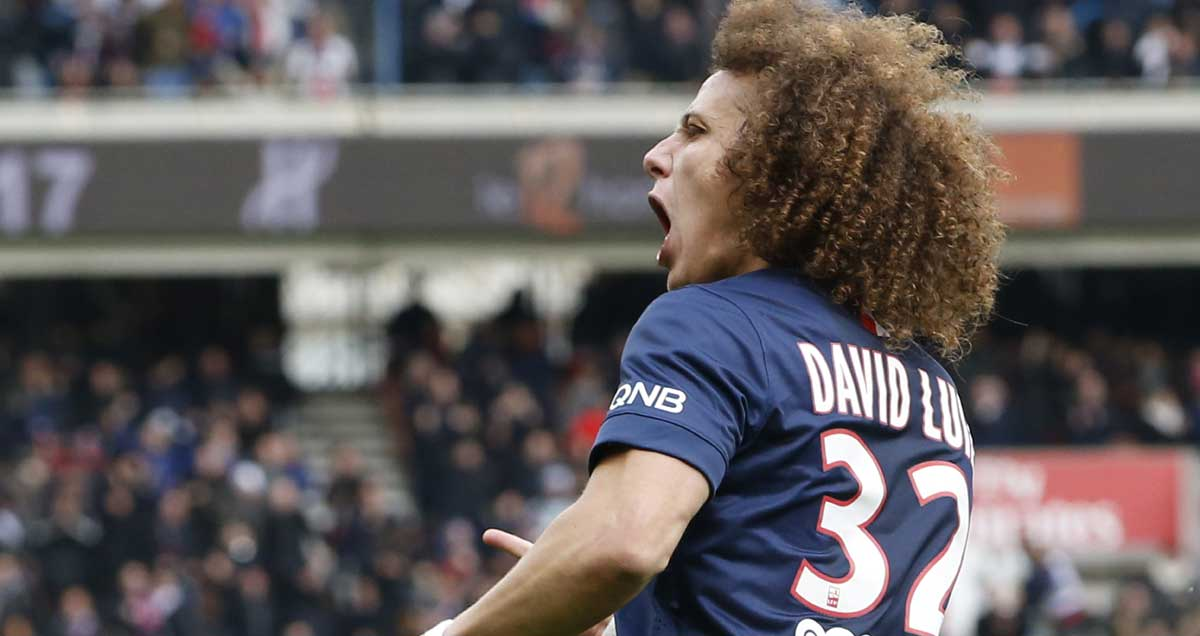 David-Luiz-celebrates-Paris-Saint-Germain-goal