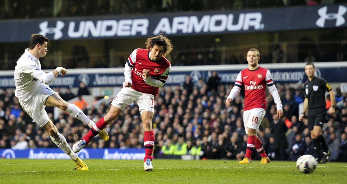 Gareth Bale strikes for Tottenham against Arsenal