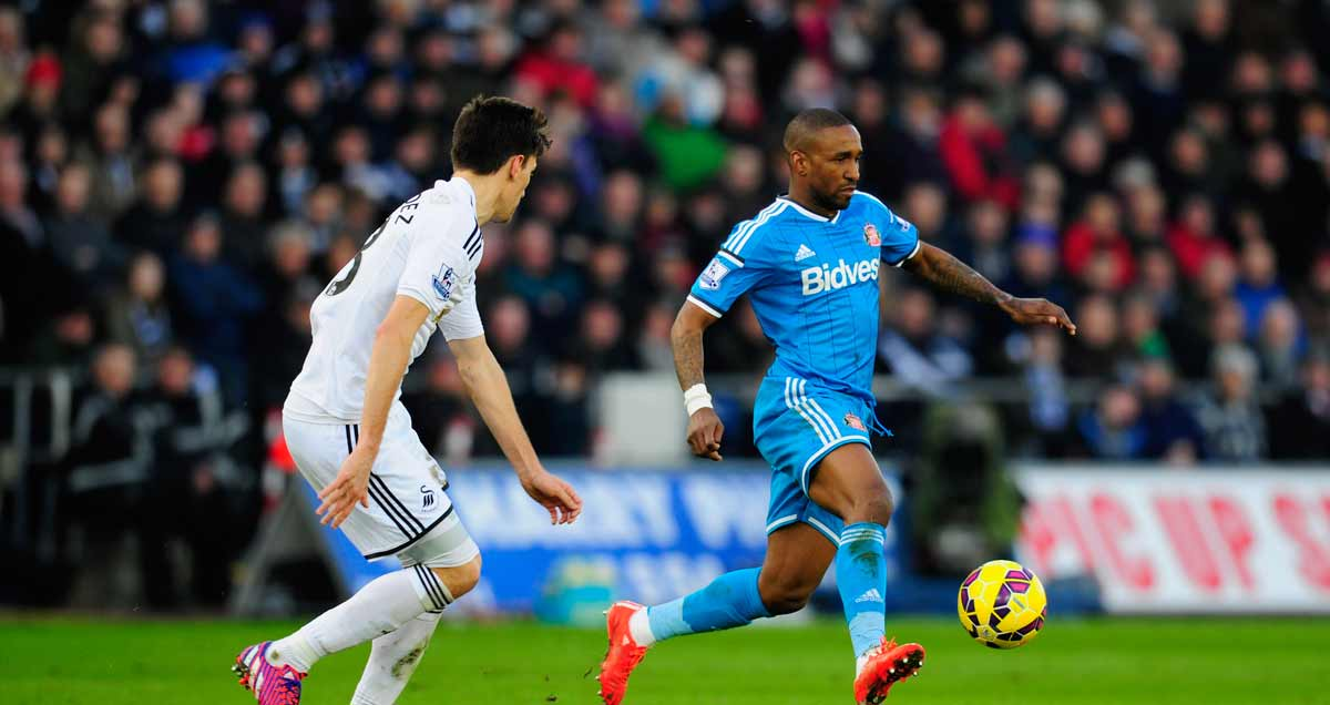 Jermain Defoe carries Sunderland's fight to Swansea