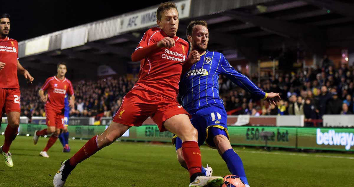 Lucas Leiva's discipline is key to Liverpool's 3-4-1-2 success