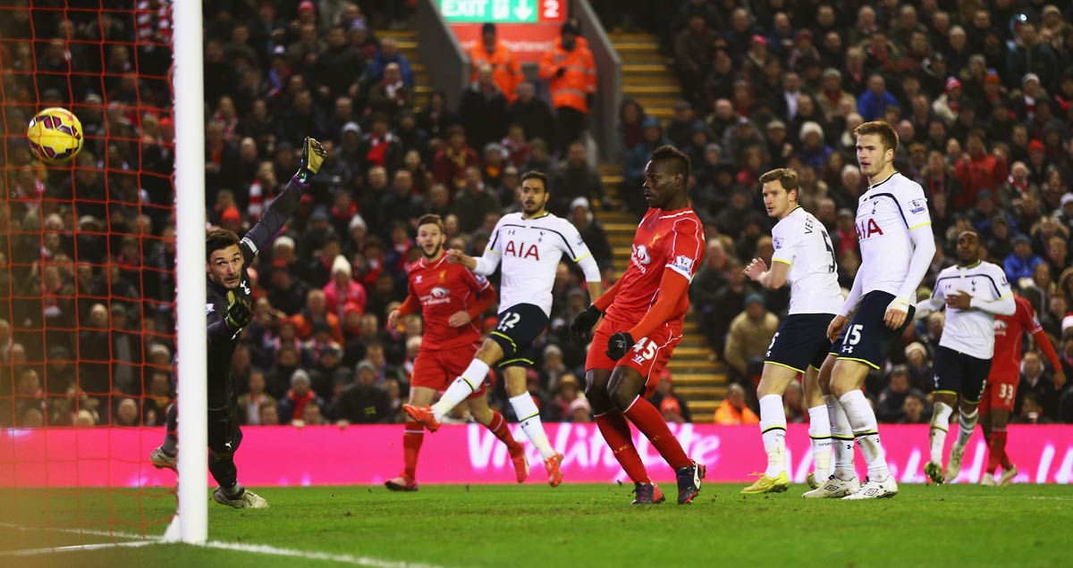 Mario Balotelli nets the winner for Liverpool against Tottenham