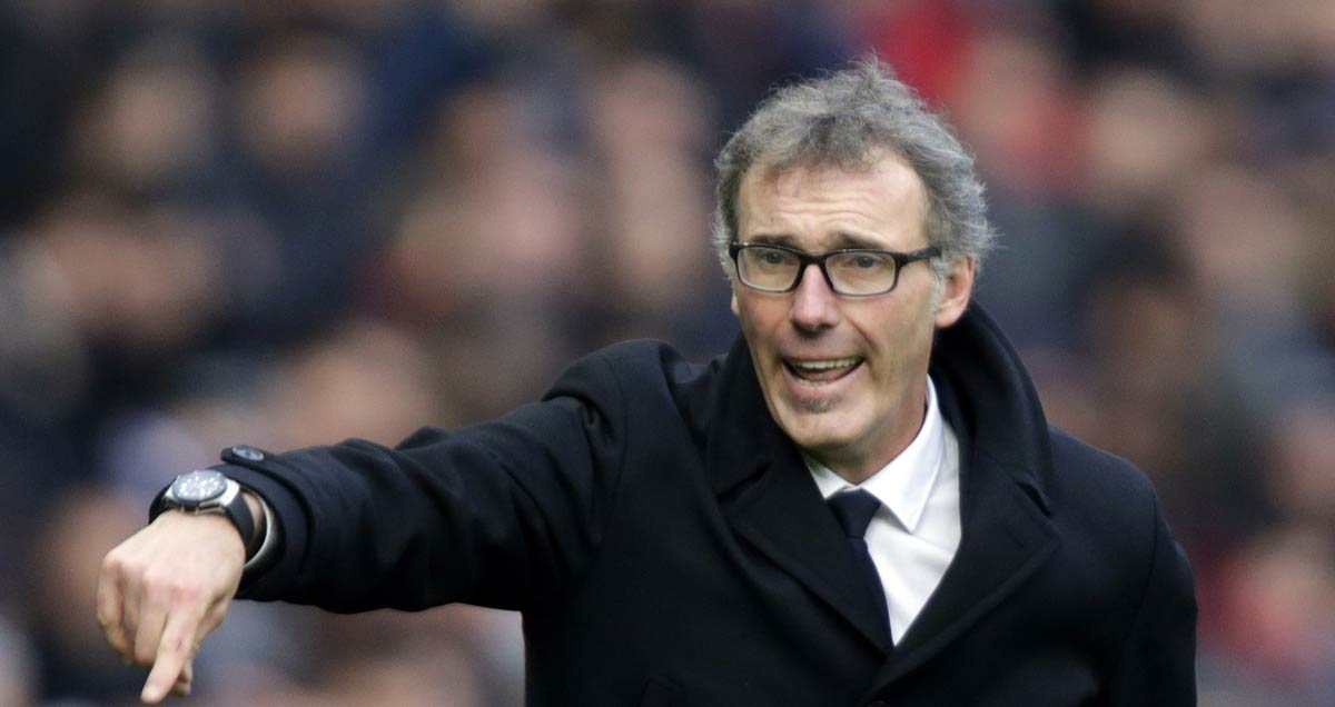 PSG boss Laurent Blanc directs proceedings