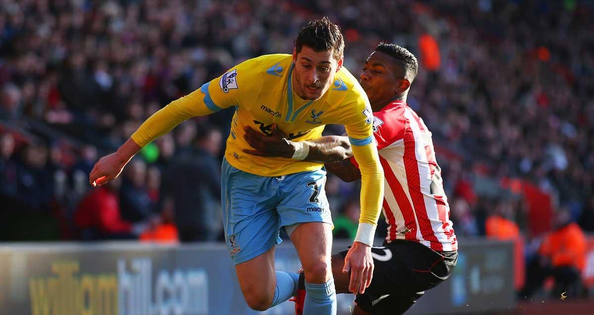 Crystal-Palace-Joel-Ward-combats-Southampton