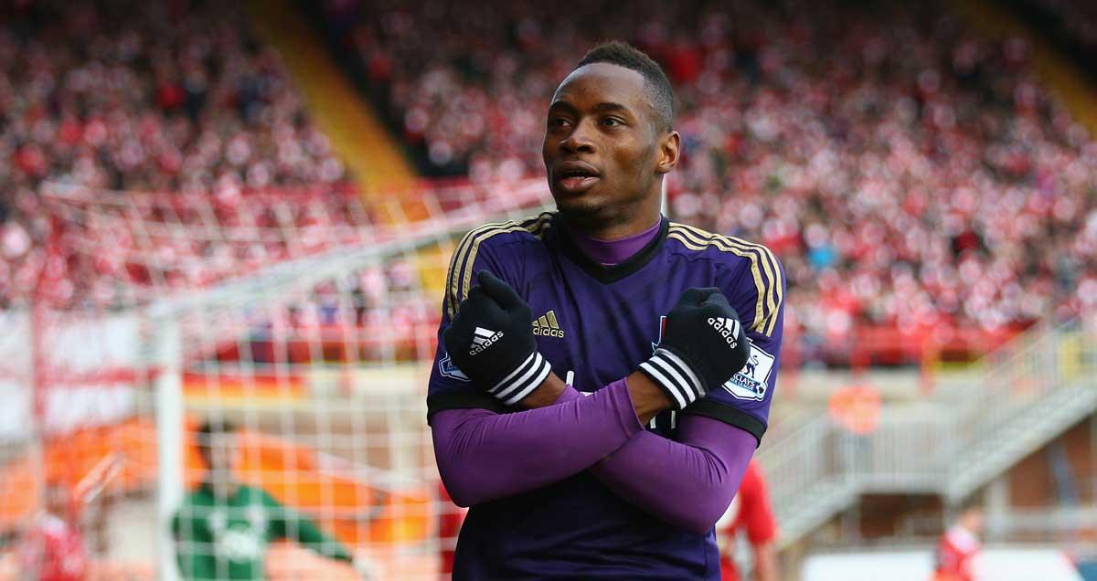 Diafra Sakho celebrates West Ham's winner against Bristol City