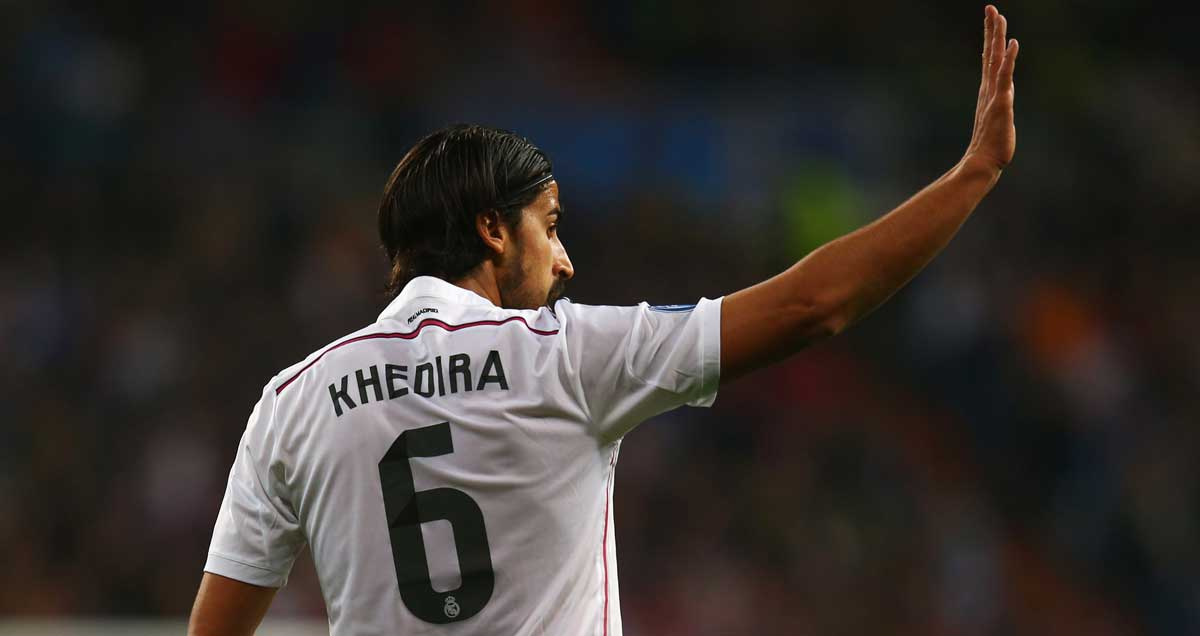 Sami-Khedira-Real-Madrid-waving