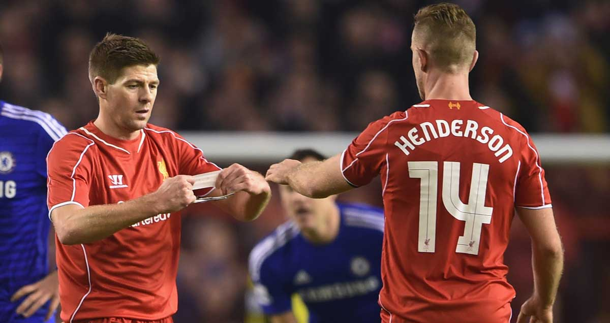 Steven-Gerrard-hands-captaincy-over-to-Jordan-Henderson