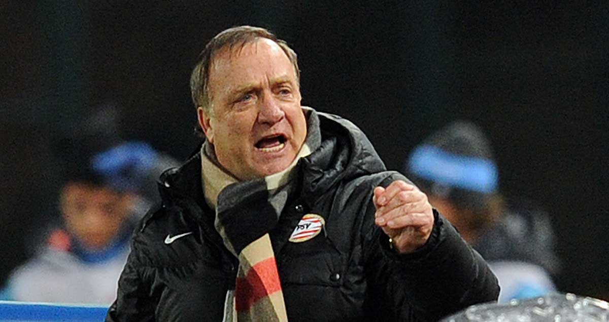 Sunderland boss Dick Advocaat takes charge of his first north east derby