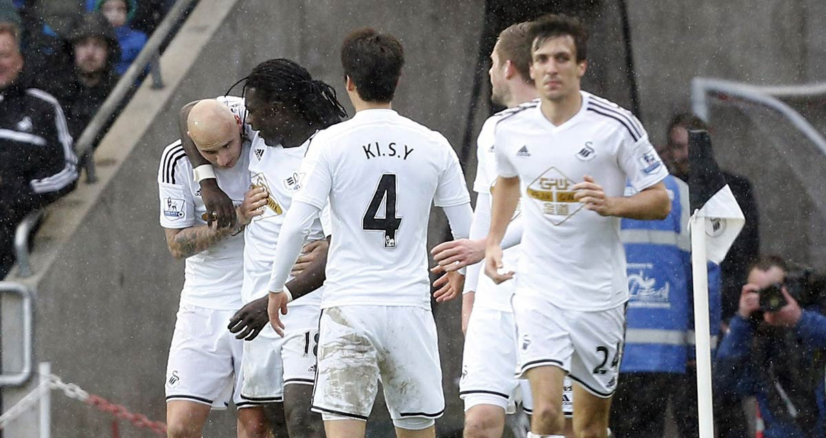 Swansea celebrate their winner against Man Utd