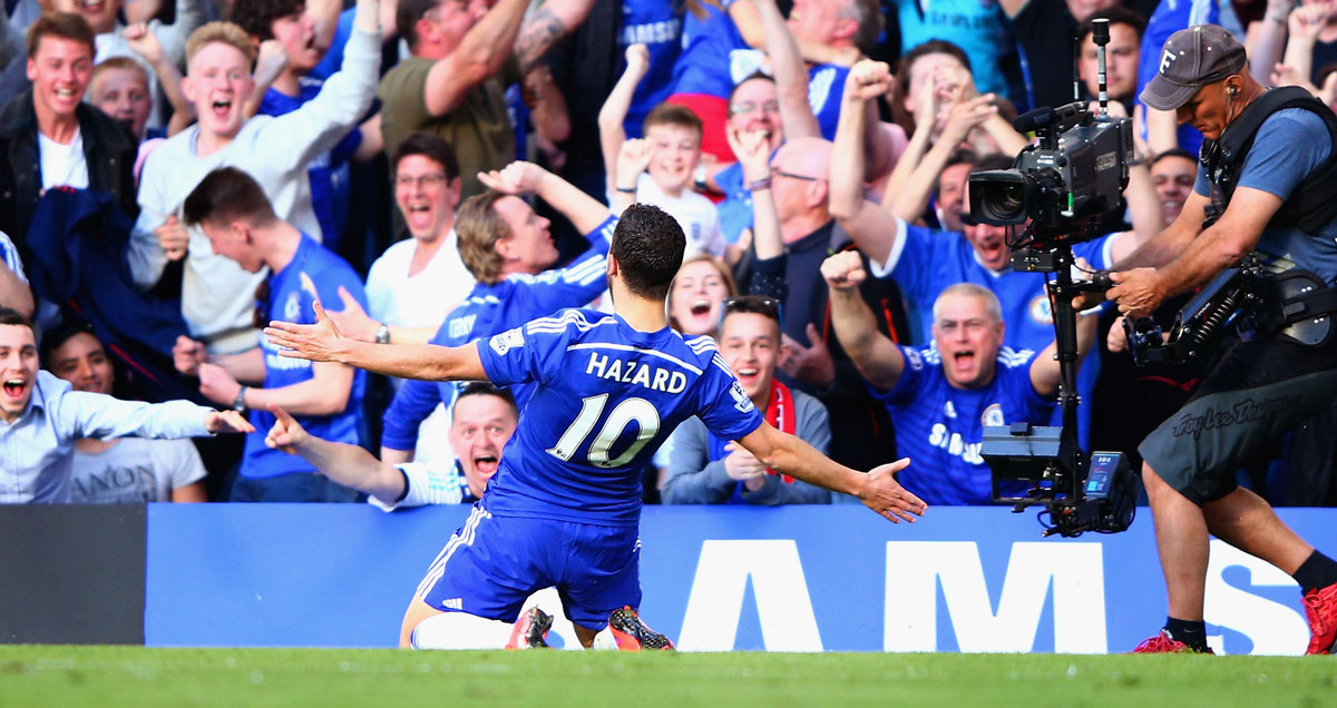 Eden Hazard celebrates his winning goal against Man Utd