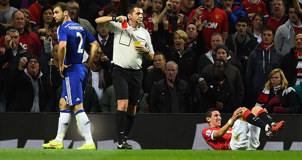 Chelsea defender Branislav Ivanovic is sent off against Man Utd