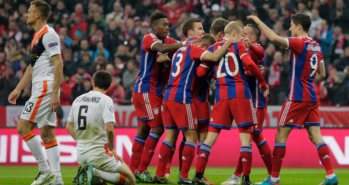 FC-Bayern-players-celebrate-during-the-decimation-of-Shakhtar