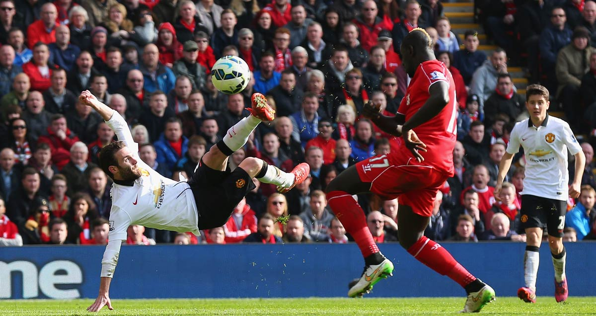 Juan-Mata-fires-home-acrobatically-for-Man-Utd-against-Liverpool