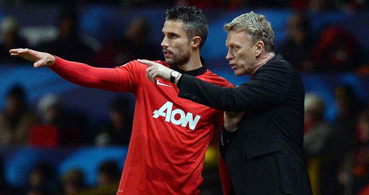 Robin van Persie takes instructions from David Moyes