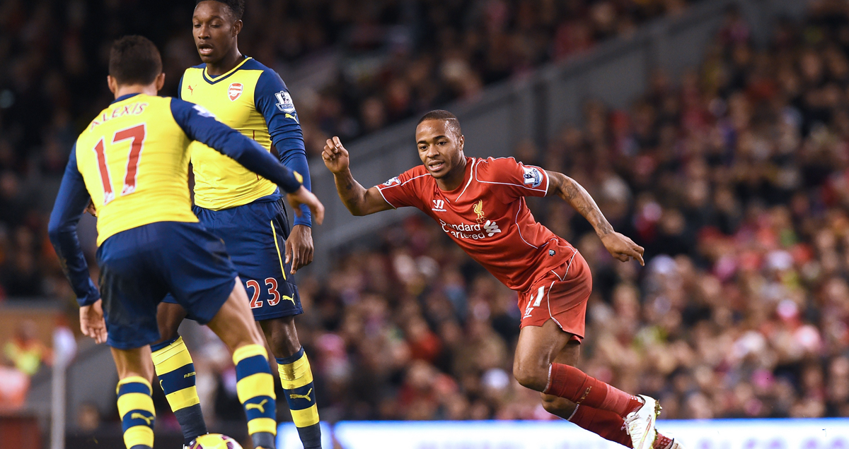 Raheem-Sterling-chases-down-the-ball-for-Liverpool-against-Arsenal