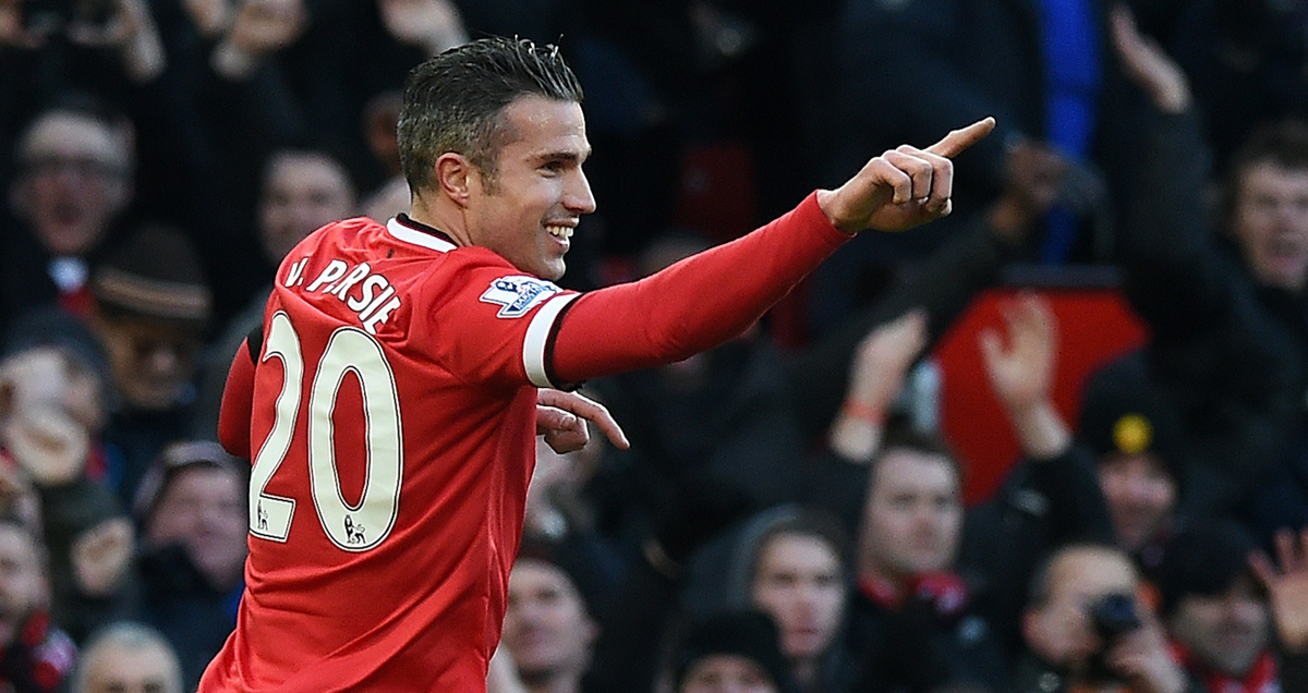 Robin van Persie pointing towards his assister after scoring for Man Utd