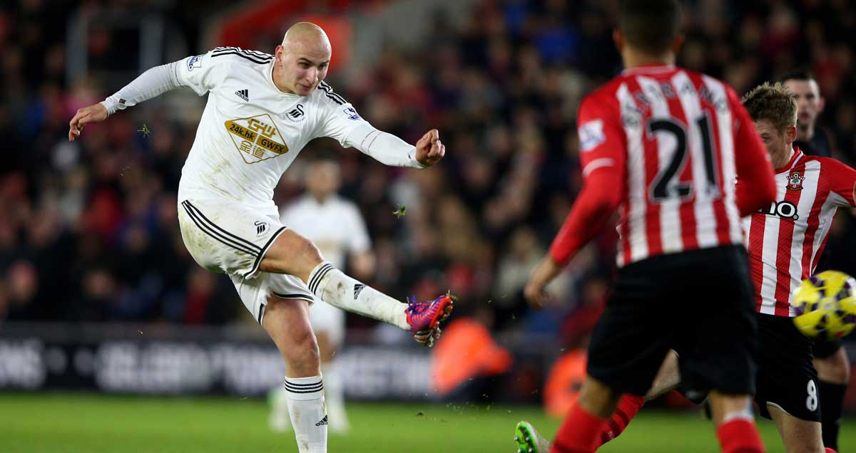 Jonjo-Shelvey-scores-the-Swansea-winner-against-Southampton