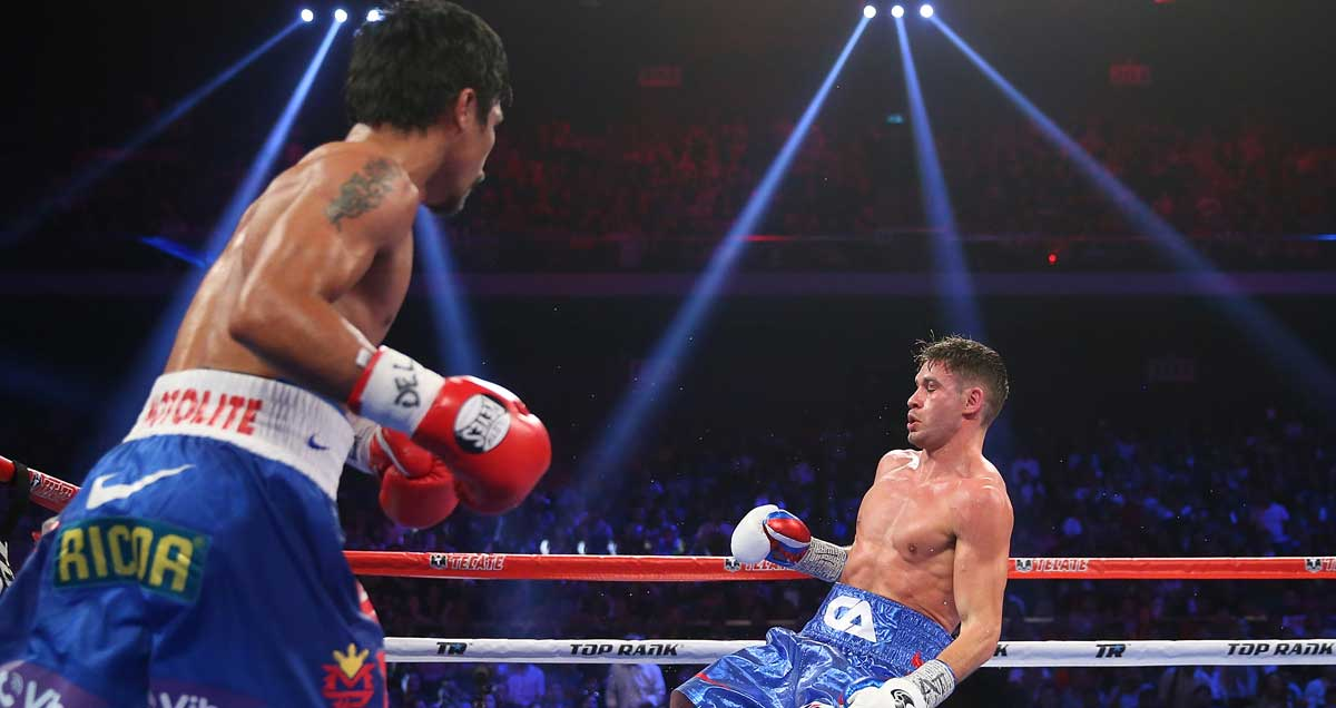 Manny-Pacquiao-floors-Chris-Algieri