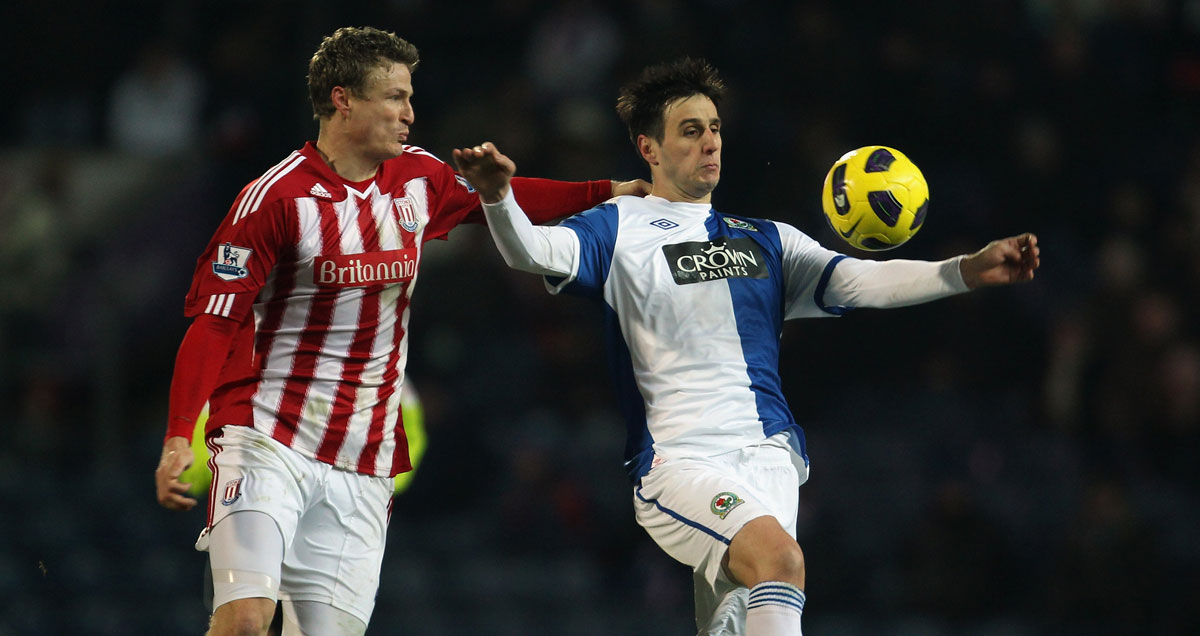 Nikola Kalinic holds off Robert Huth in his Blackburn days