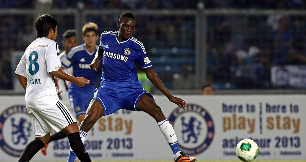 Bertrand-Traore-featuring-for-Chelsea-in-2013
