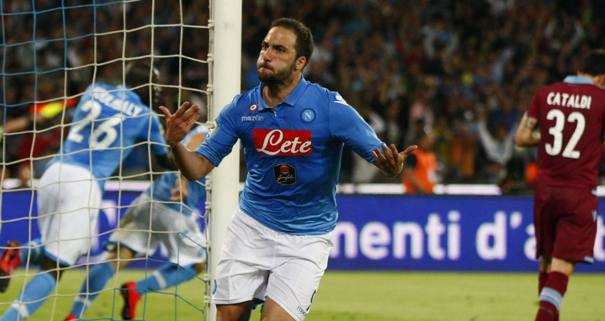 Gonzalo Higuain whips the Napoli crowd into a frenzy