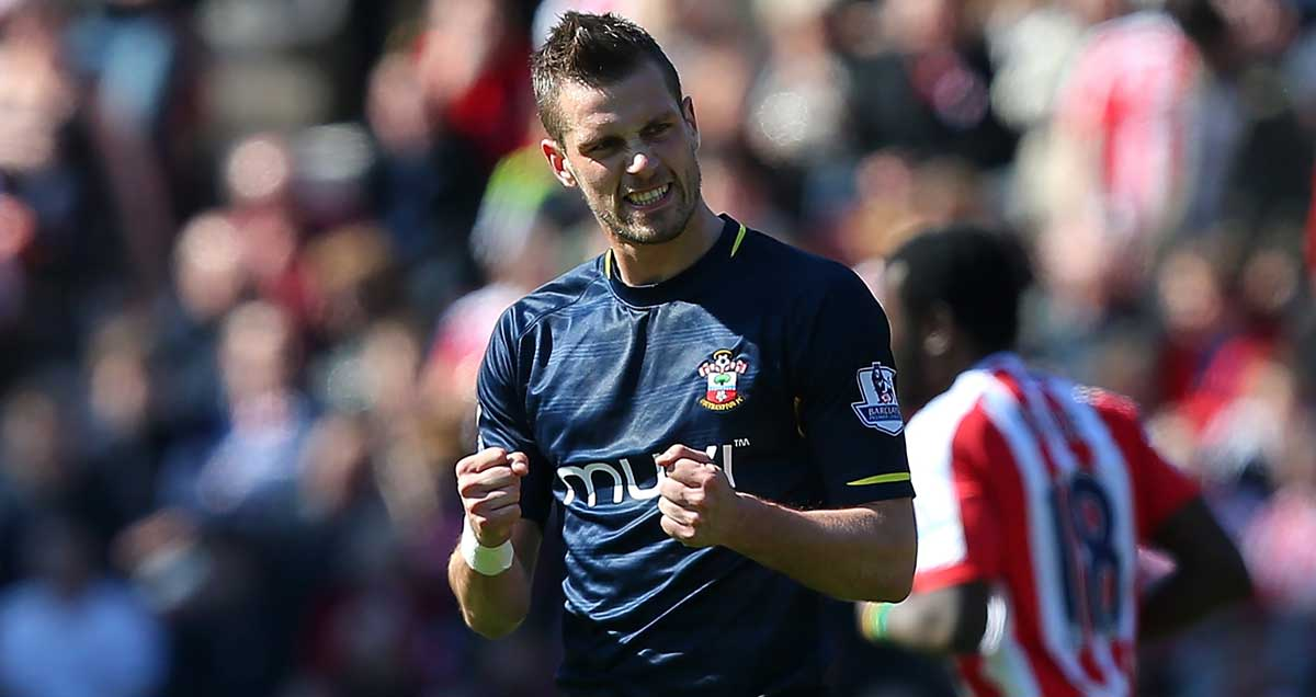 Morgan-Schneiderlin-celebrates