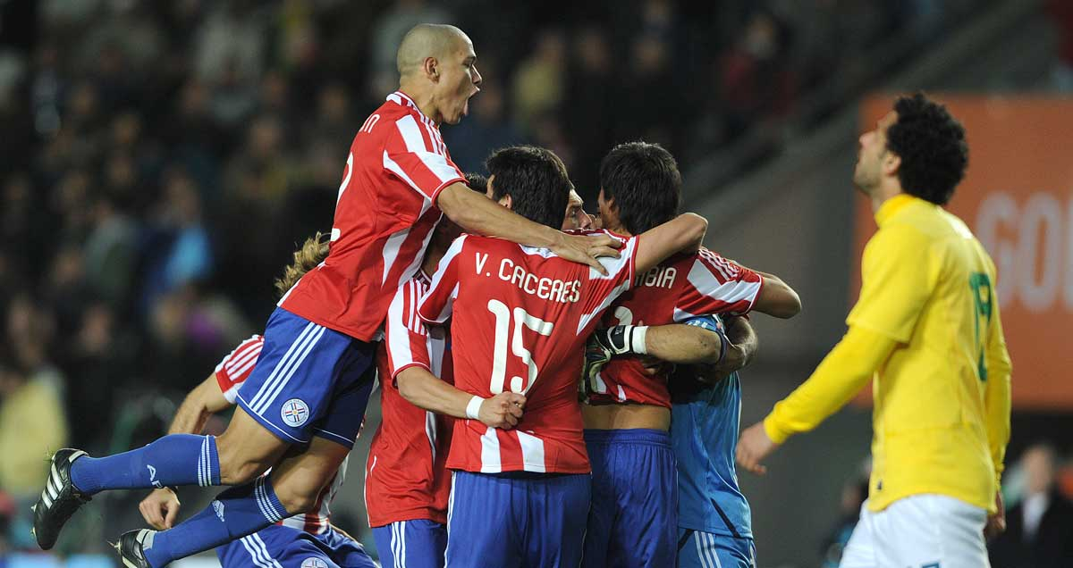 Paraguay-eliminate-Brazil-from-the-2011-Copa-America