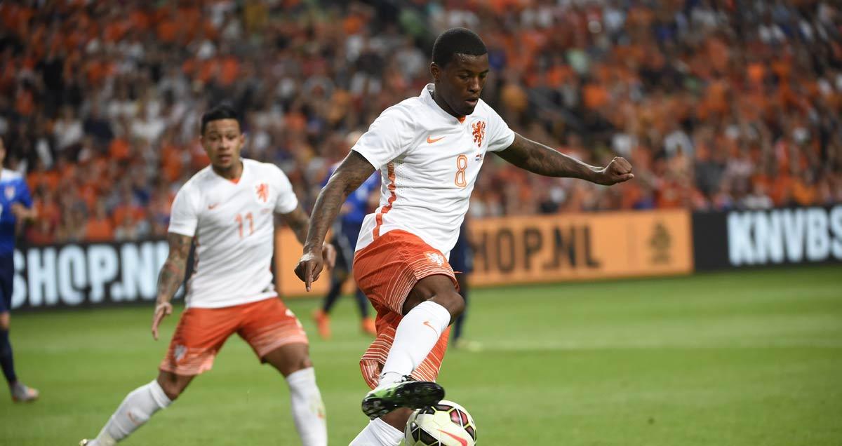 Georginho Wijnaldum representing his country, the Netherlands