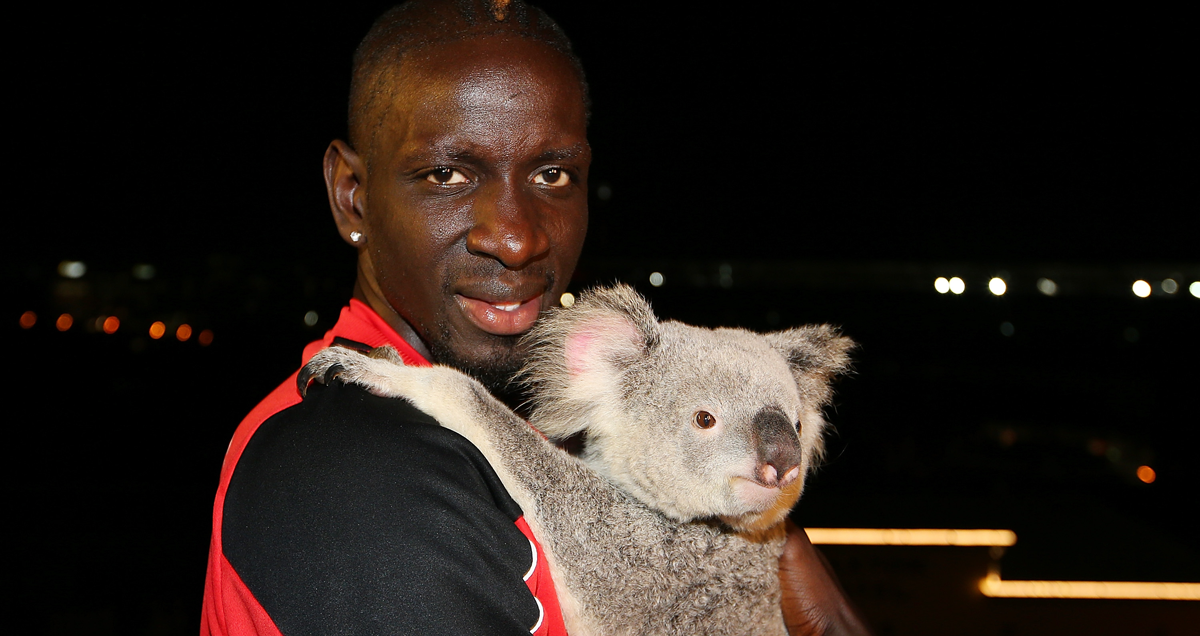Mamadou Sakho poses with a distracted Koala