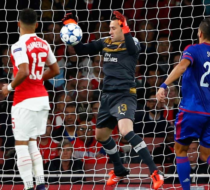 Reliable David Ospina was universally castigated for this error made against Olympaicos
