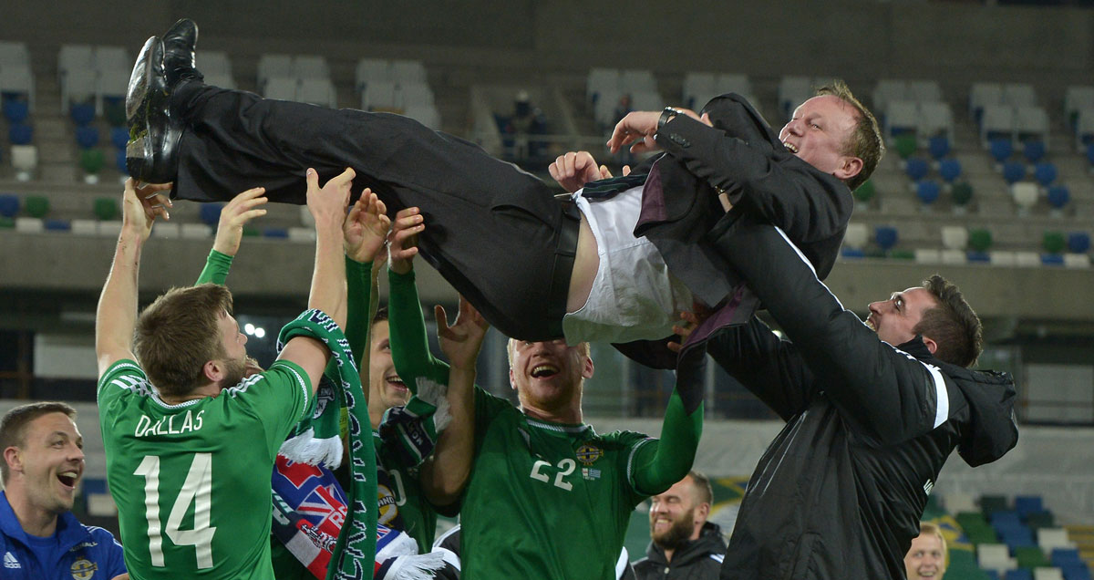 Michael-O'Neill-Northern-Ireland-aloft