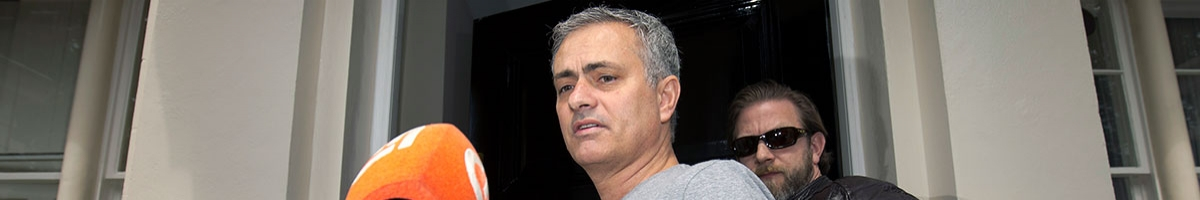 Manifold Man Utd crises make Arsenal Old Trafford goal-glut possible